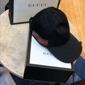 Authentic Gucci hat size Small